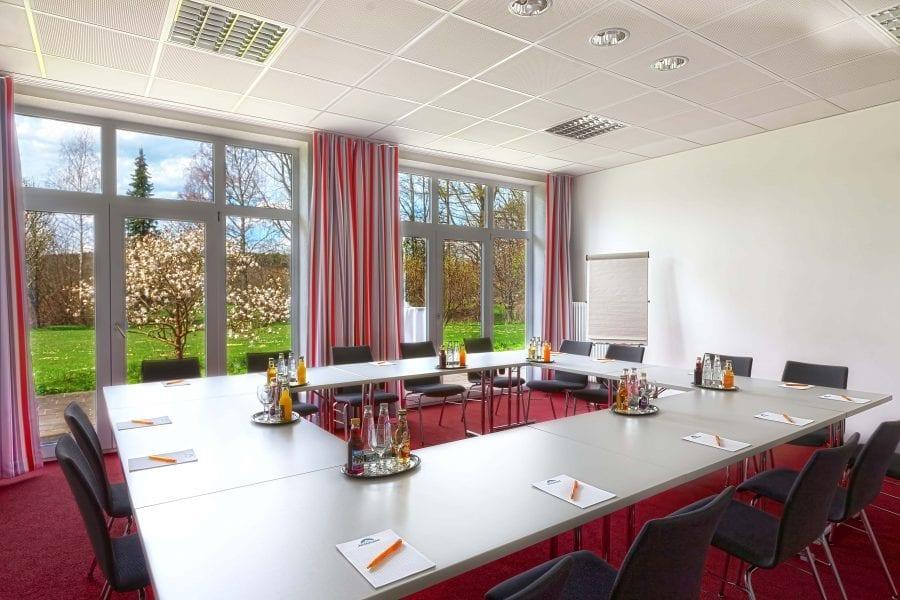Das ****Tagungshotel Tagungshaus Sonnengarten bietet zahlreiche Tagungsräume und Seminarräume im Allgäu Bayern