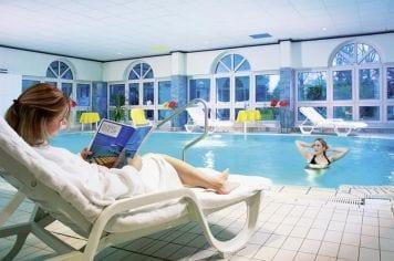 Hallenbad - Schwimmen und Wellness im Sonnengarten