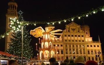 Augsburger Christkindlesmarkt bei Nacht (Foto: Siegfried Kerpf/Stadt Augsburg)